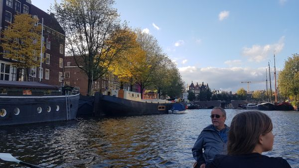 Gracht in Amsterdam 2019